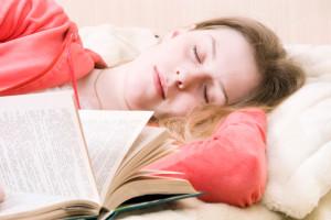 Сон с книгой