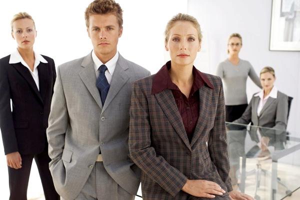 Эффектная и эффективная: к вопросу критериев качества корпоративной одежды сотрудников компании
