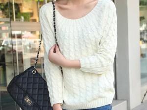 Пуловер - подарок женщинам от Коко Шанель
