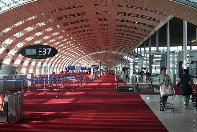 Как добраться из аэропорта Шарль-де-Голля в Париж