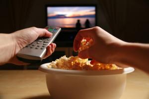 Преимущества просмотра фильмов и сериалов в онлайн-кинотеатрах