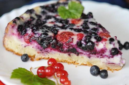 Пирог с замороженными ягодами в духовке рецепт с быстро